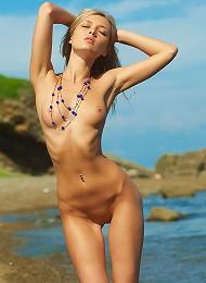 Monika | Stray Cat^mpl Studios Erotic Sexy Hot Ero Girl Free